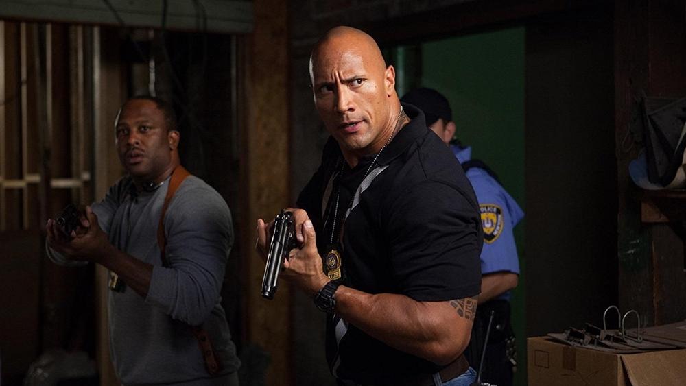 Dĩ nhiên, có kẻ cướp tiền thì sẽ có cảnh sát và thanh tra James Ransone đã xuất hiện như thế...