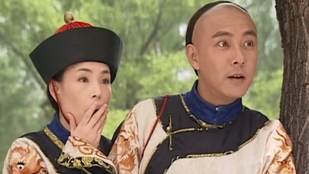 Cặp oan gia Mạnh Tiểu Sơn và nữ phi tặc Liễu Thanh Thanh trà trộn vào cung dưới thân phận thái giám hòng ăn trộm...