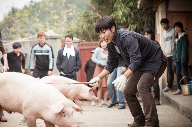 Người đàn ông độc thân duy nhất còn lại ở làng là Joon Sub.