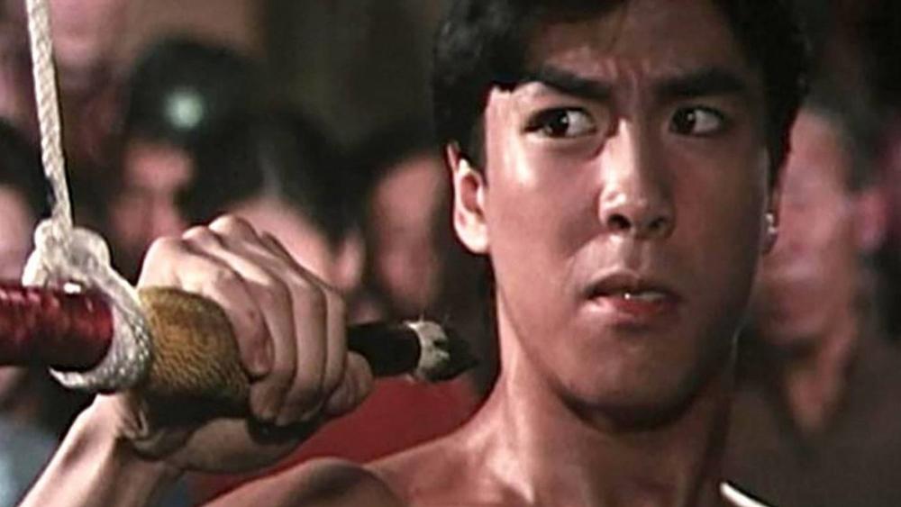 Cũng vì lẽ đó mà Thôn Xung đã gây thù với một kẻ khác. Gã lập mưu sát hại cả gia đình cậu.