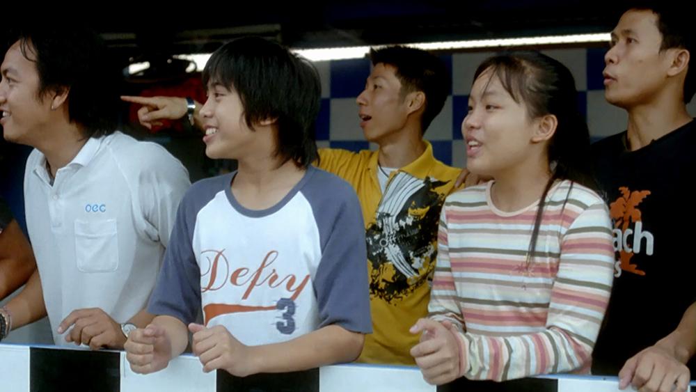 Năm đứa trẻ lớn lên trong một lò huấn luyện Muay Thái