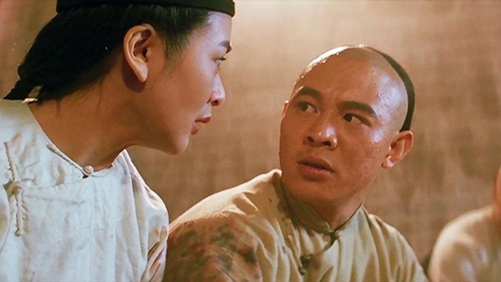 Hoàng Phi Hồng đứng ra thành lập dân đoàn ở Phật Sơn để làm lực lượng tự vệ, lập lại trật tự
