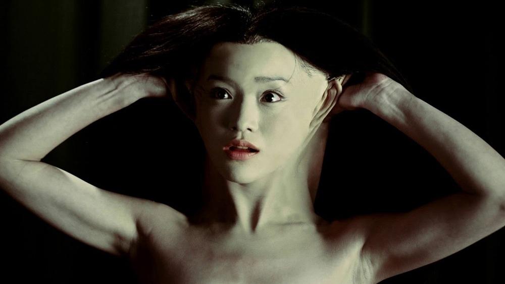 Thực chất, Tiểu Vi là một nữ hồ ly xảo quyệt