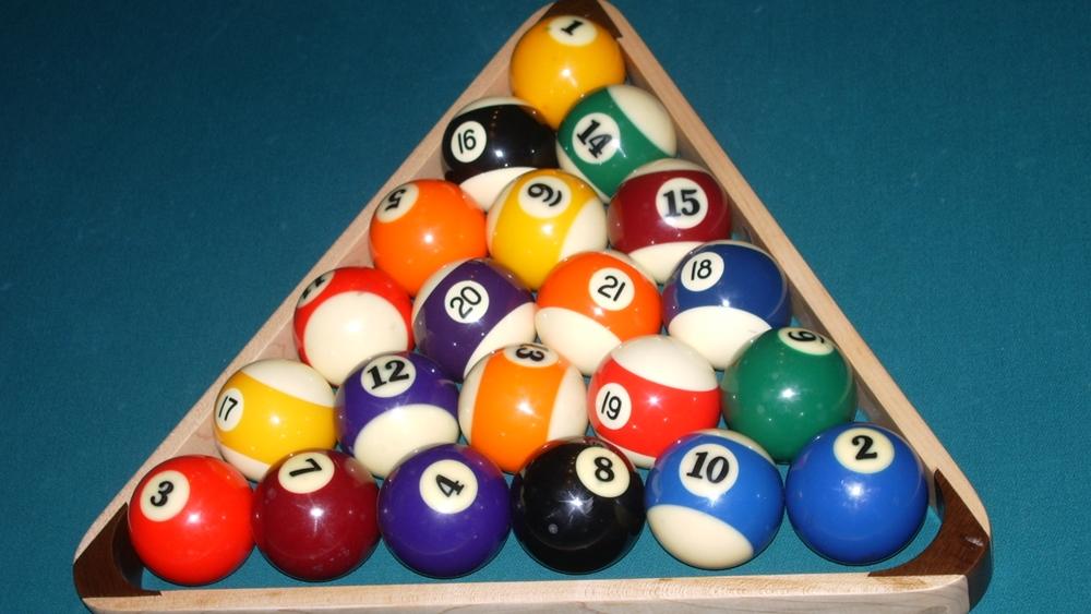 Rất nhiều người đam mê môn billiards nhưng không đi được cơ seri vì thiếu căn bản.
