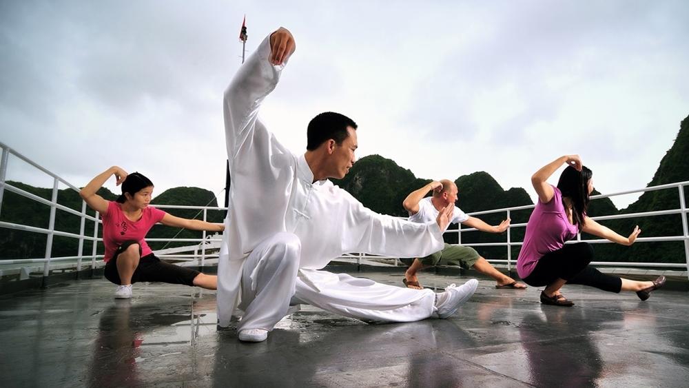 Ở Việt Nam cũng có nhiều người hâm mộ và tập luyện môn này, nhất là ở các câu lạc bộ sức khỏe ngoài trời.
