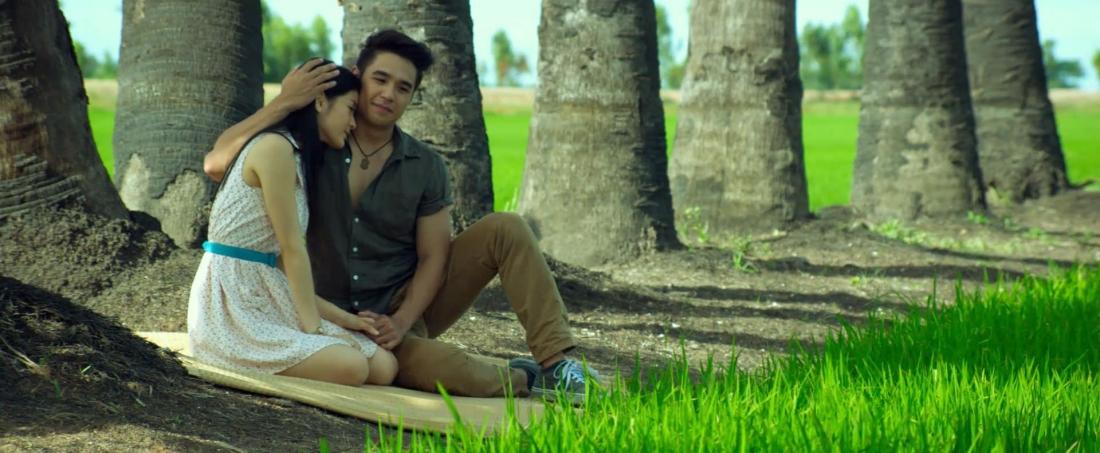 Trong ''Love You 100K'', cặp đôi Klao và Thongkwao có một tình yêu đẹp.