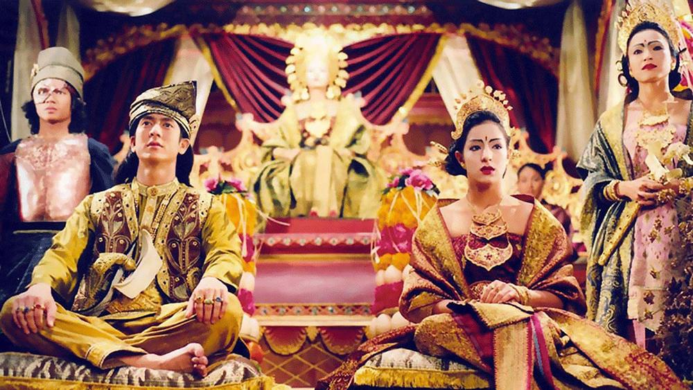 Nữ hoàng Hijau cai trị Vương quốc Langkasuka cùng với hai người em gái