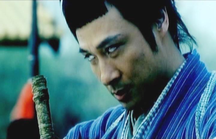 Nhất Địa Kê Mao là sát thủ mù lòa nhưng có võ công vô địch và cũng chưa từng thất bại.