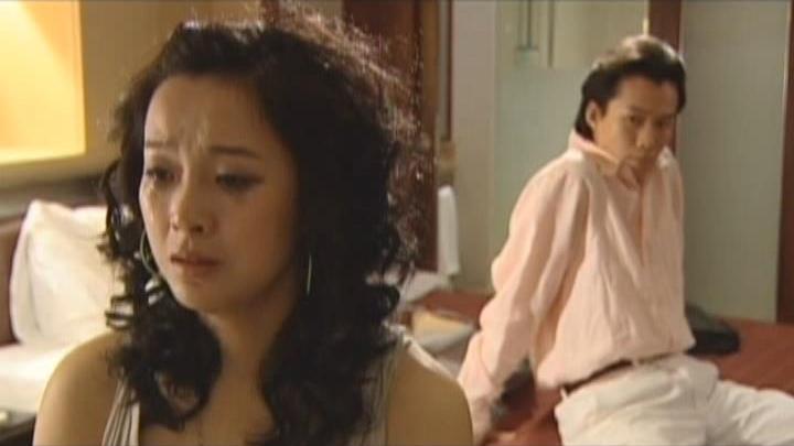 Một thân một mình tới Thượng Hải nhưng những gì Hà Tú nhận được chỉ là lời từ hôn của gã người yêu Tây Khang.