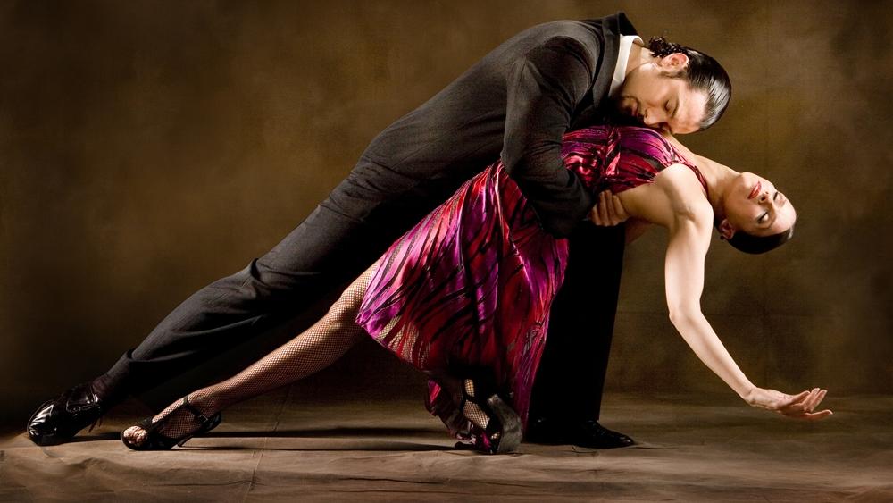 Học nhảy tango là một trào lưu không còn quá xa lạ đối với nhiều người Việt Nam hiện nay.