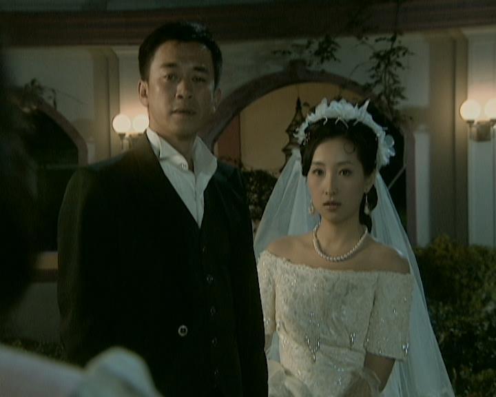 Vốn là tay ăn chơi trác táng, Nhất Nguyên bỏ bê Lưu Tô, còn năm lần bảy lượt cưới vợ nhỏ.