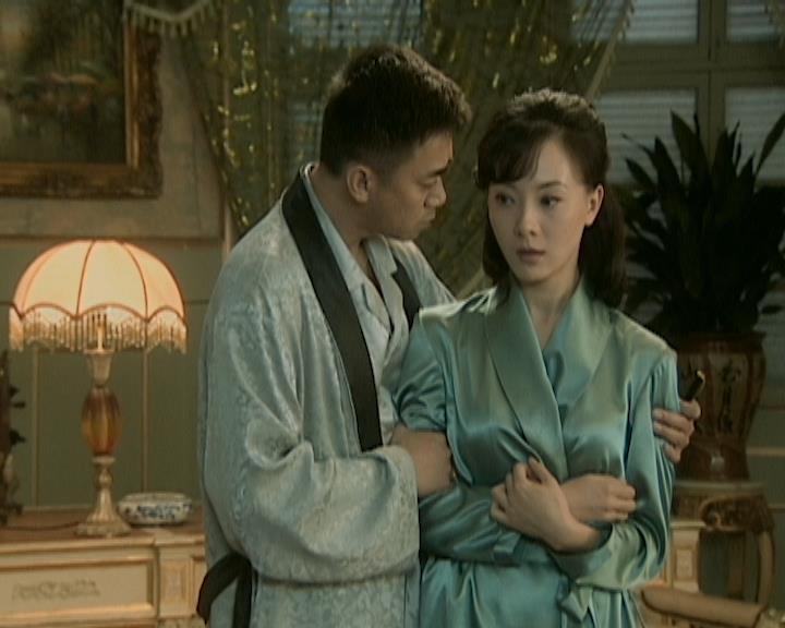 Lục tiểu thư của Bạch Gia là Bạch Lưu Tô được gả cho thiếu gia Đường Nhất Nguyên.