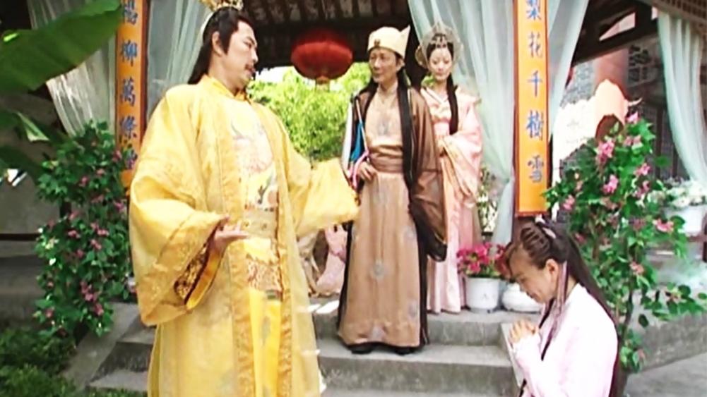 Sau khi hộ giá hoàng thượng thoát khỏi tay thích khách, Bài Phong được phong làm Hỏa Soái