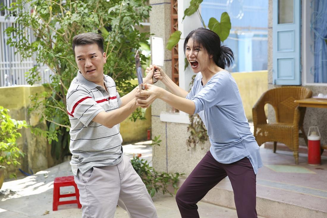 ''Yêu Em Bất Chấp'' còn có sự góp mặt của hai ngôi sao là ca sĩ Đàm Vĩnh Hưng và người mẫu Trang Trần.