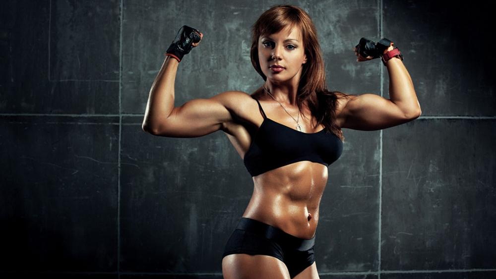 Việc tập thể dục luôn tốt cho sức khỏe, bởi sự vận động sẽ làm tăng tiết mồ hôi, giúp cơ thể thải độc.