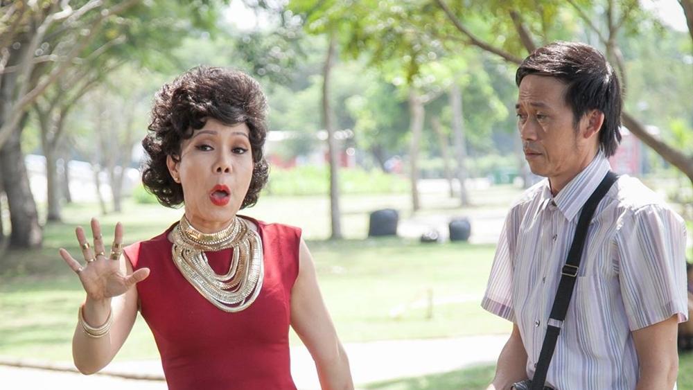 Phim kể về mối tình già giữa ông Minh và bà Hai Mùi.