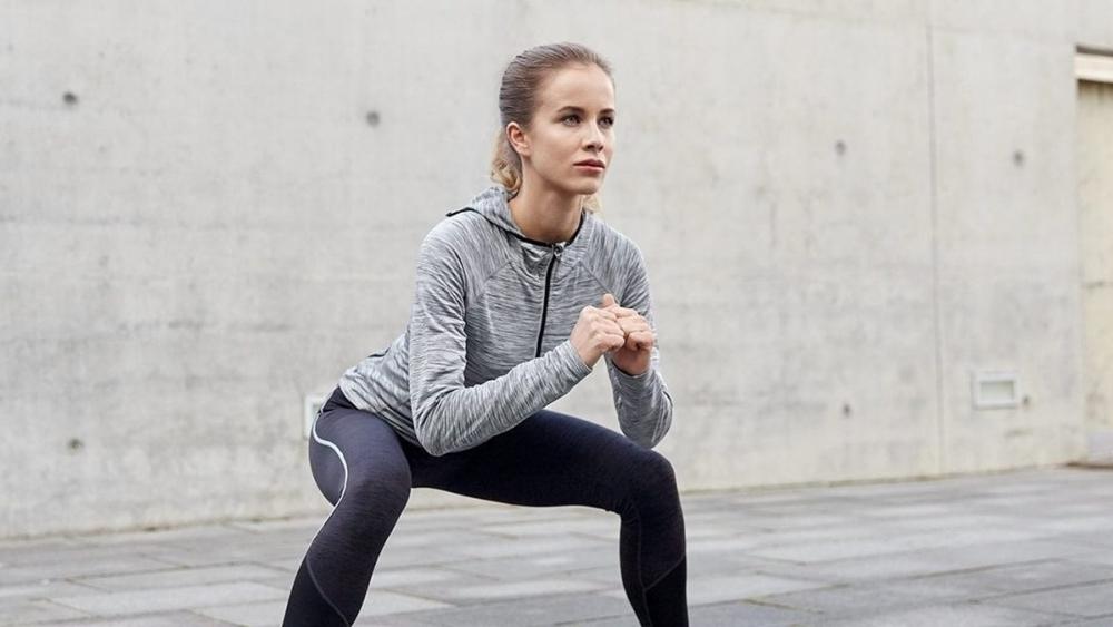 Bạn có thể làm giảm mỡ thừa, săn chắc đôi chân chỉ bằng một số bài tập dễ dàng.