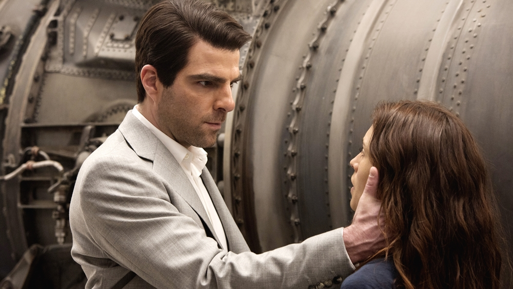 Nhưng khi tiếp cận nạn nhân, 47 quyết định sẽ giúp cô ta tìm lại cha, cũng như giải mã một bí mật nguy hiểm về nguồn gốc ra đời của mình.