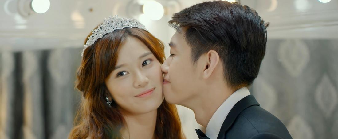 Tiếng sét ái tình đã khiến Thu Dung và Trọng Quân yêu và cưới nhau khi cả hai còn rất trẻ.