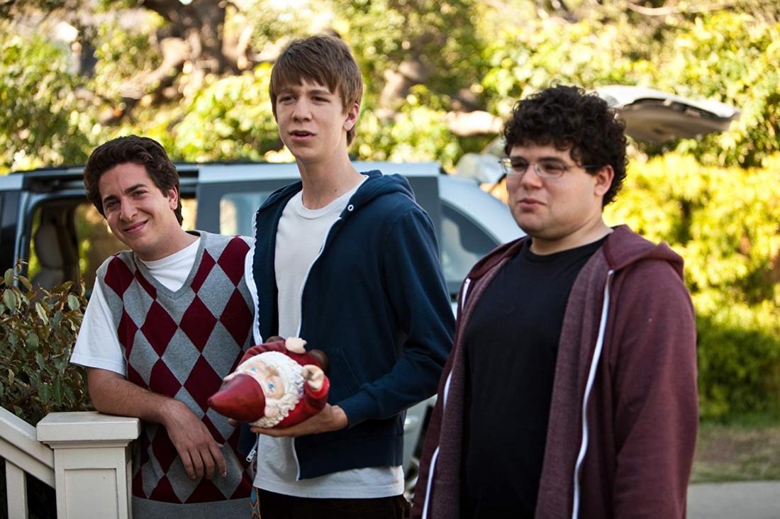Với mong muốn được nổi bật trong đám bạn cùng lớp, ba cậu học sinh Thomas, Costa và JB mới chân ướt chân ráo bước vào trường cấp ba lên kế hoạch tổ chức một bữa tiệc ''vui quên sầu''.
