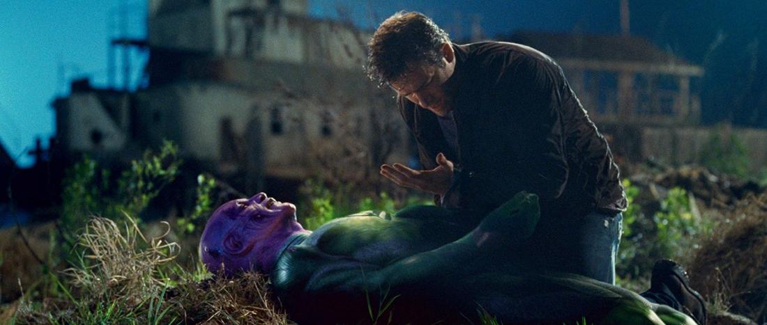 Abin Sur là tiền thân của Green Lantern Hal Jordan - người mà chiếc nhẫn quyền lực của Abin Sur đã chọn làm người thay thế.