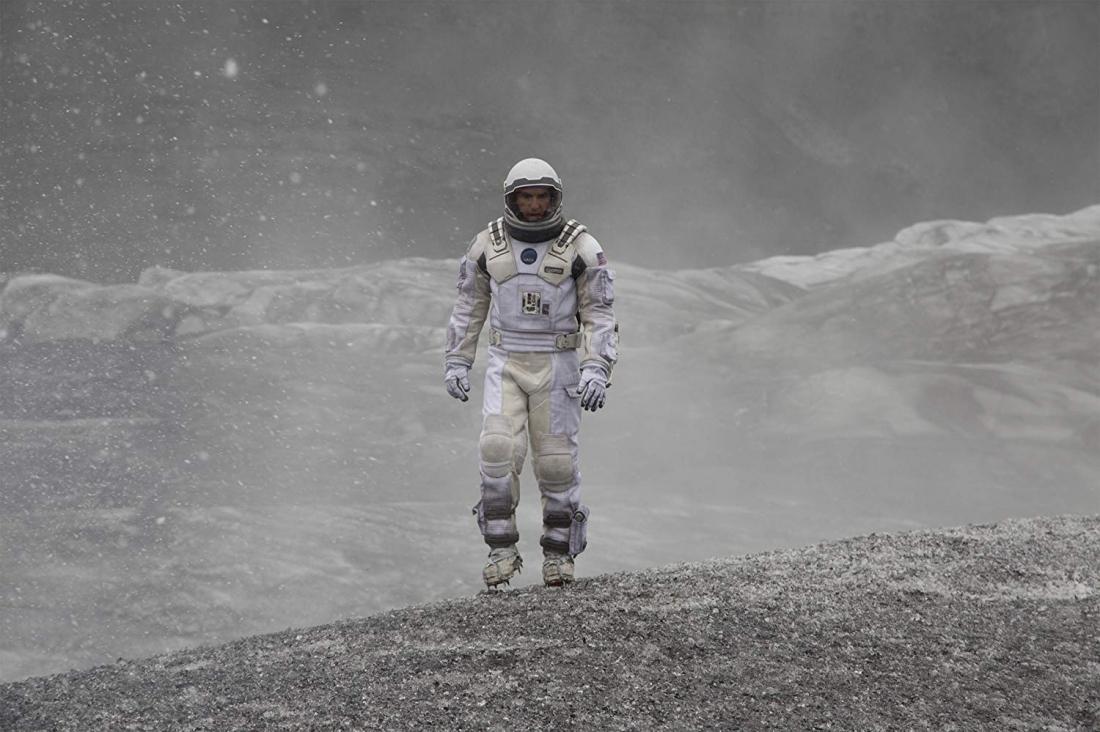 ''Interstellar'' là cuộc hành trình của một nhóm phi hành gia do Cooper dẫn đầu đi xuyên không gian để bước sang một dải ngân hà khác, tìm kiếm sự sống ở ba hành tinh mới.