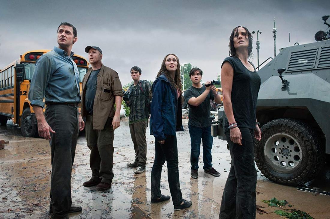 ''Into The Storm'' có ba nhóm nhân vật với mục đích gần như khác nhau hoàn toàn.