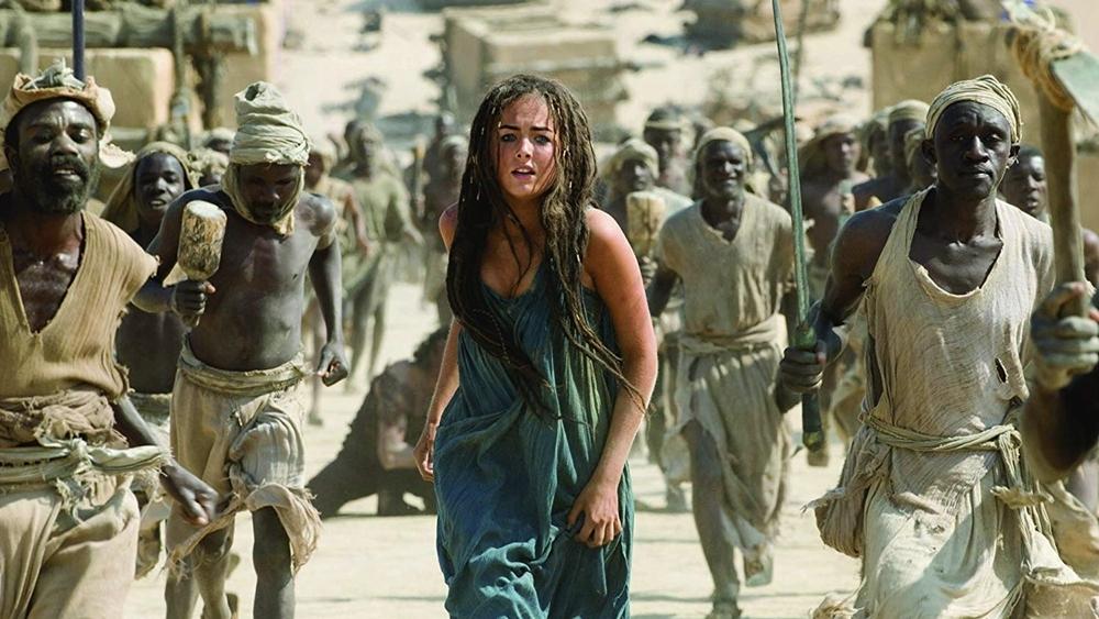 Nàng Evolet xinh đẹp bỗng mang thân phận nô lệ và bị bắt đi.