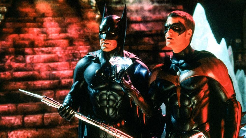 Người Dơi và trợ thủ Robin phải đối phó với Quý Ông Băng Giá...