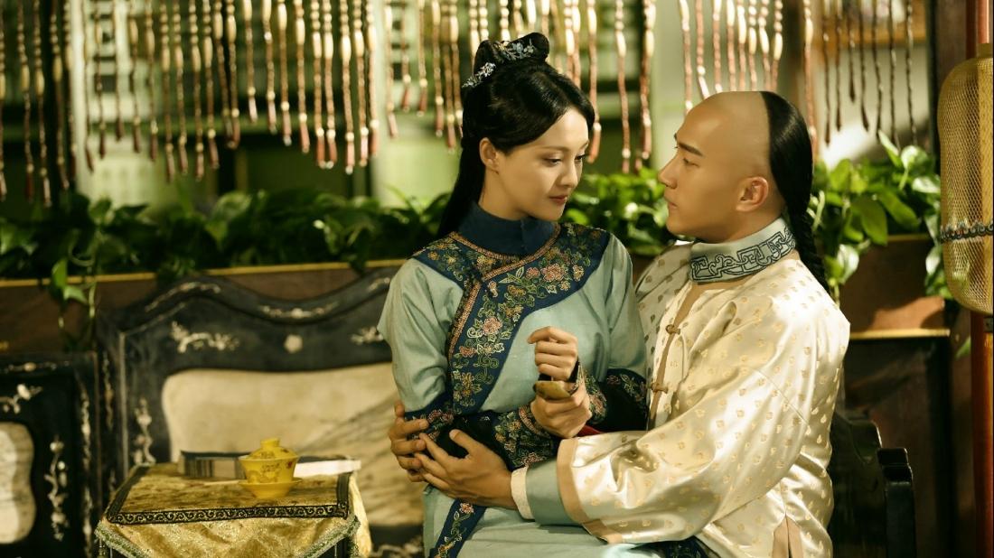 Nhưng vì mối thù giữa hai gia đình, Giang Dư không đủ can đảm để đối diện với tình cảm của mình.