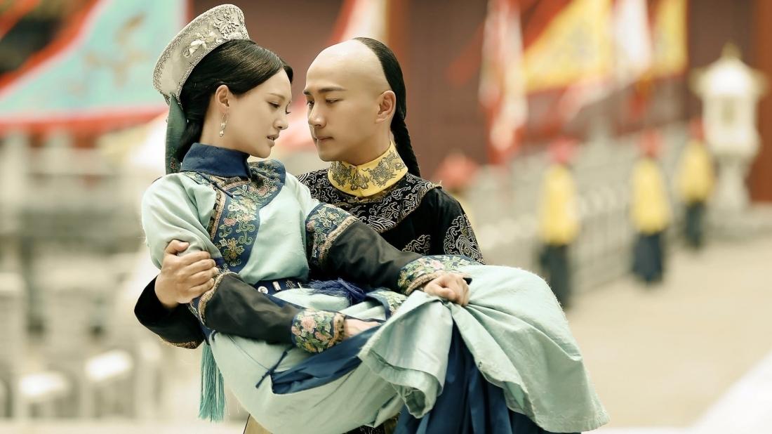 Mối tình giữa cậu chủ của gia tộc dệt nhuộm là Giang Dư (Lưu Khải Uy) và tiểu thư Ngô Thái Hồng (Trịnh Sảng).