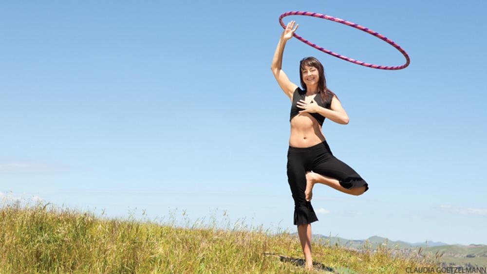 Xu hướng tập luyện mới giúp Hula Hoop trở lại nổi bật hơn trong giới fitness.