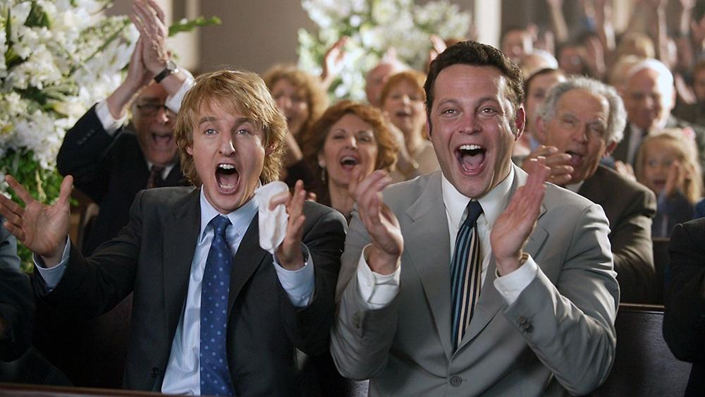 Hai khách không mời luôn trở thành trung tâm chú ý trong mọi đám cưới mà chưa một lần bị nghi ngờ