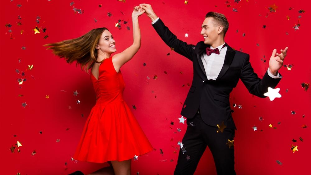 Ballroom là một kiểu khiêu vũ theo những nhịp điệu quy ước.