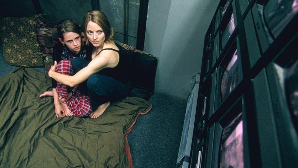 Meg và con gái đã chạy vào căn phòng Panic