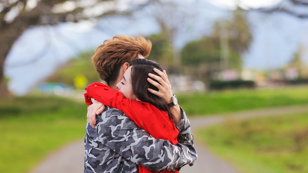 Tuy tình cảm của cặp đôi luôn gặp trắc trở nhưng họ vẫn chọn ở bên nhau