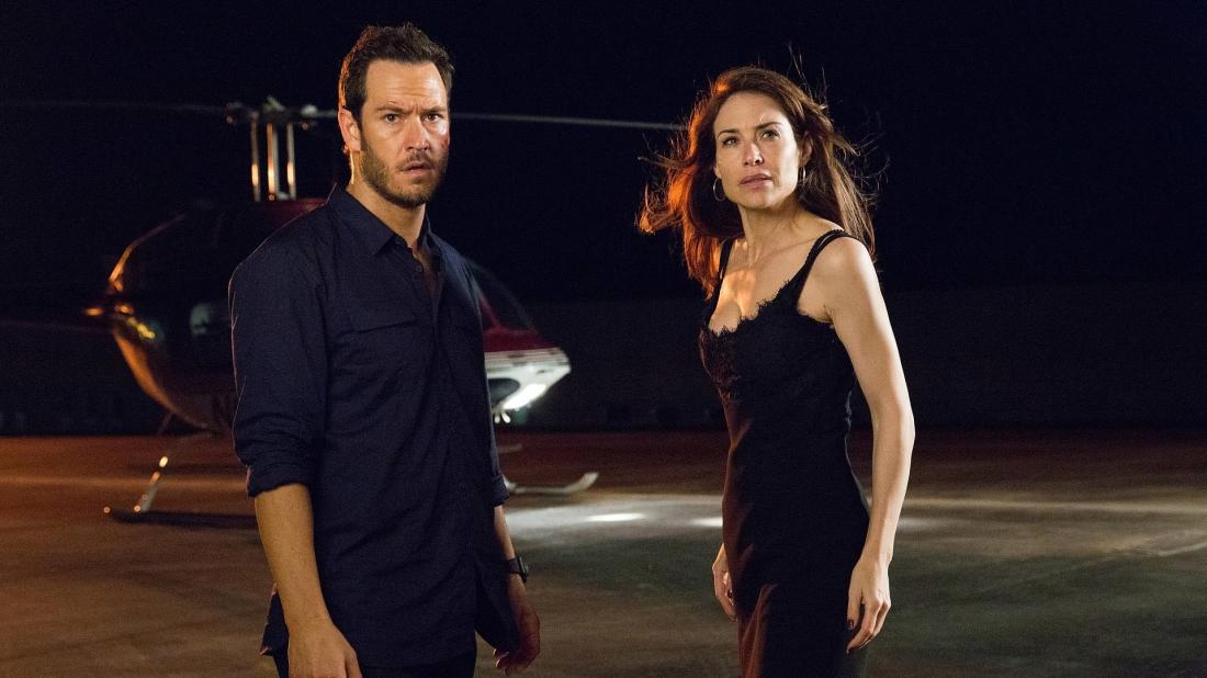 Để lấy lại niềm tin của Eddie, Karen đã chiếu mộ cô bạn gái cũ cùng một tay trộm khác là Jack để thực hiện phi vụ trộm tại một cửa hàng đá quý.