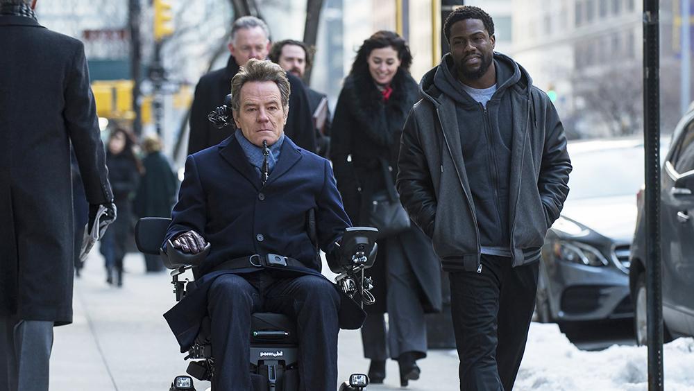 May mắn thay Dell được người đàn ông giàu có là Phillip nhắm trúng. Phillip bị liệt nửa người và đang cần tìm trợ lý có thể chăm sóc ông.
