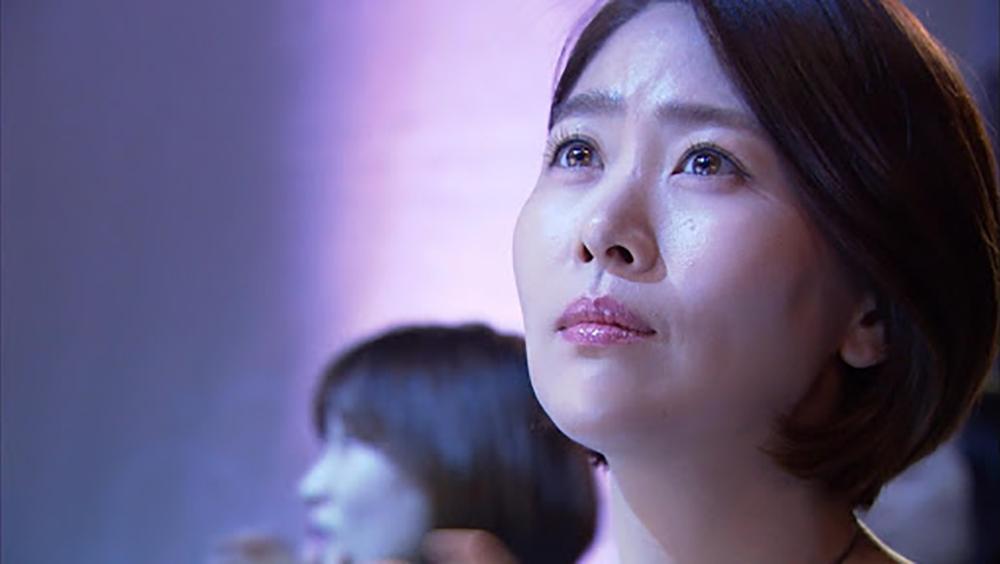 Bộ phim xoay quanh Lee Eun Hee đã chịu nhiều tổn thương trong chuyện tình cảm.