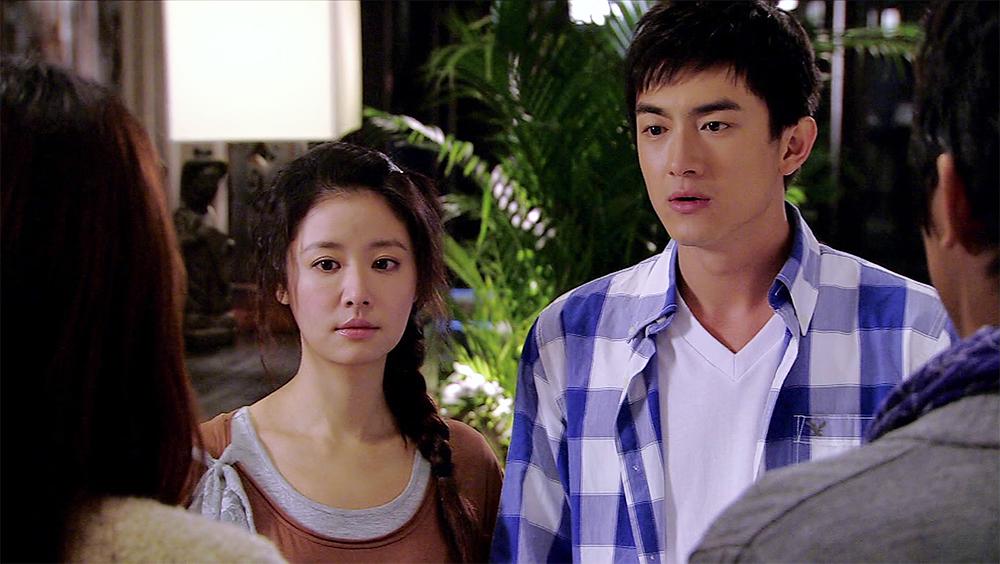 Tình địch của Doãn Sâm là anh chàng Đồng Thiếu Thiên do Lâm Canh Tân thủ vai.