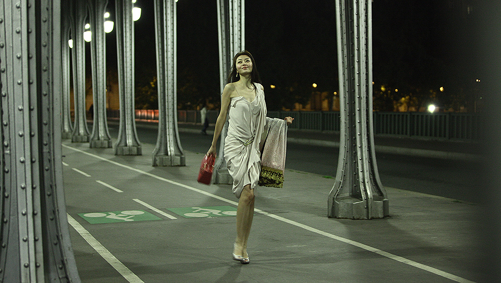 Lâm Sở Mạn là một cô siêu mẫu xinh đẹp, sang chảnh.