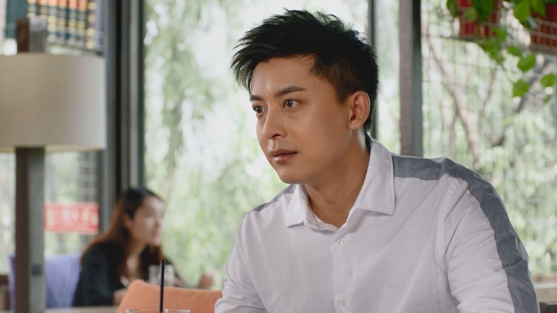 Trang Trọng - nam y tá duy nhất tại bệnh viên, người chồng thật thà, tốt bụng và có phần ngờ ngệch của Dao Dao.