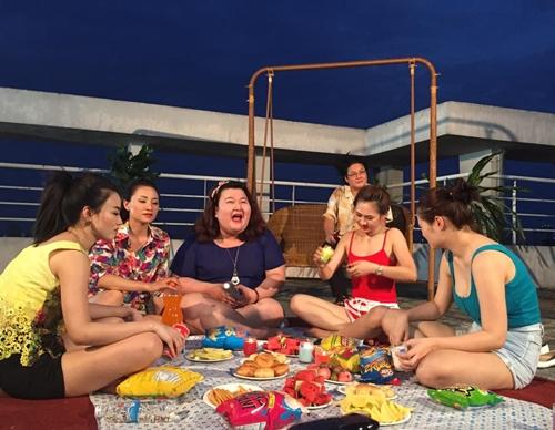 Phim có sự tham gia của các 9X xinh đẹp và đang ''hot'' hiện nay như Linh Miu, Hải Yến, Thủy Tiên...