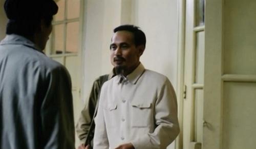 Bộ phim đưa người xem ngược thời gian trở lại Hà Nội vào thời điểm vô cùng căng thẳng trước ngày toàn quốc kháng chiến...