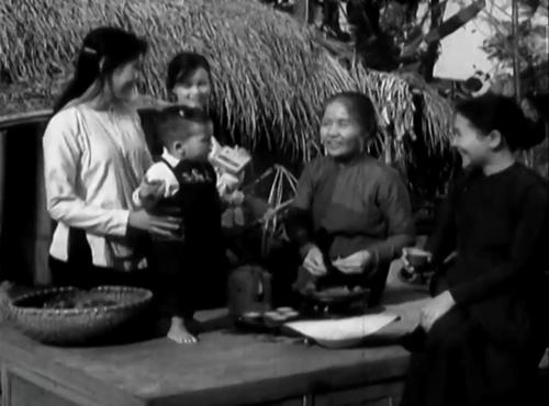 """Trích trong phim """"Chung Một Dòng Sông"""""""