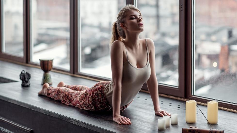 Yoga Giảm Eo Thần Kỳ