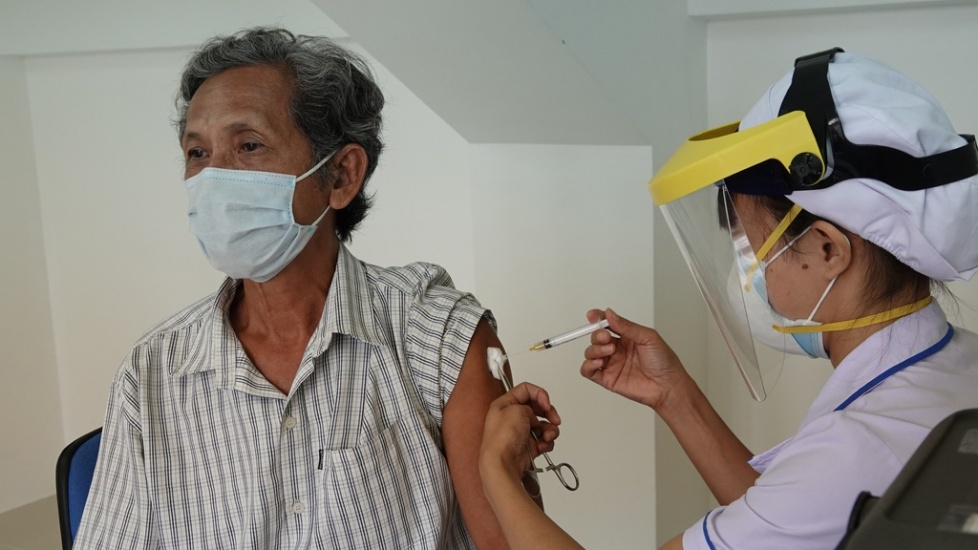 TP.HCM: Phê Duyệt Tiêm Vắc Xin Cho Hàng Chục Nghìn Người Tại Chợ Đầu Mối
